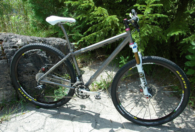 Mari's Ti S&S Coupler equipped 29er